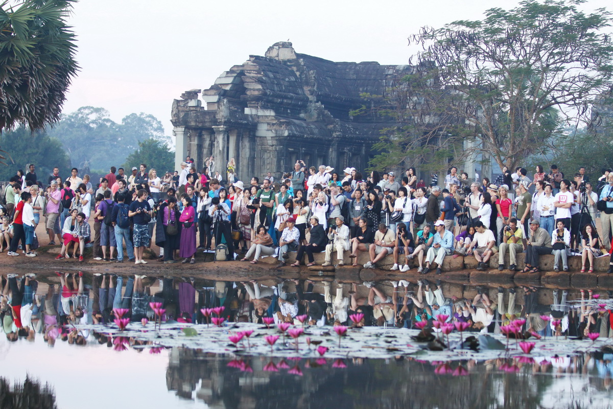 sunrise_in_angkor_wat_siemreap