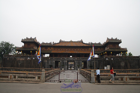 Ngo_Mon_Gate_In_Hue